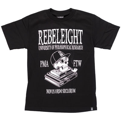 CAMISETA REBEL EIGHT NOVUS ORDO SECLORUM